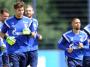 S04: Aufgalopp mit Giefer und Sam - Bundesliga - kicker online