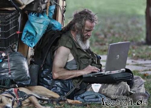 16205-penner-mit-laptop.jpg