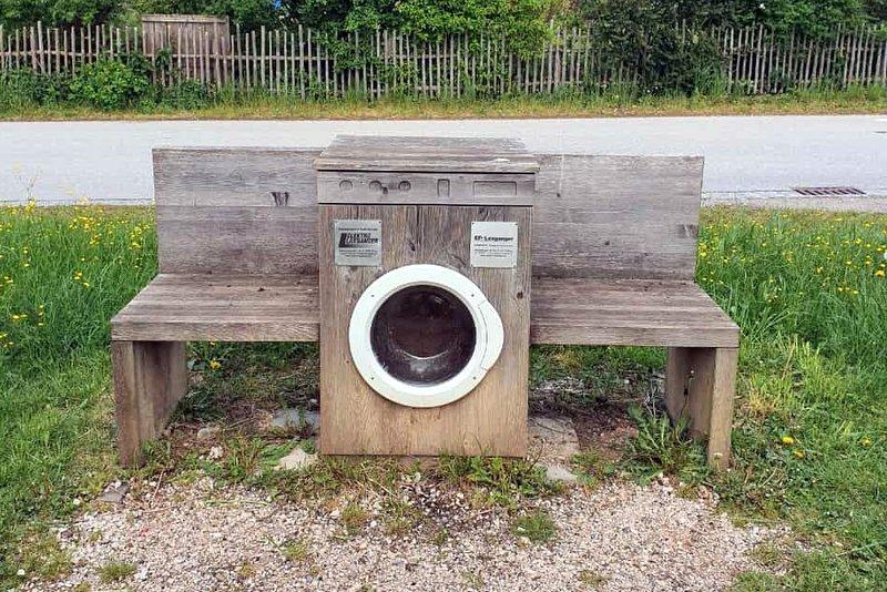 waschmaschinenbankerl.jpg