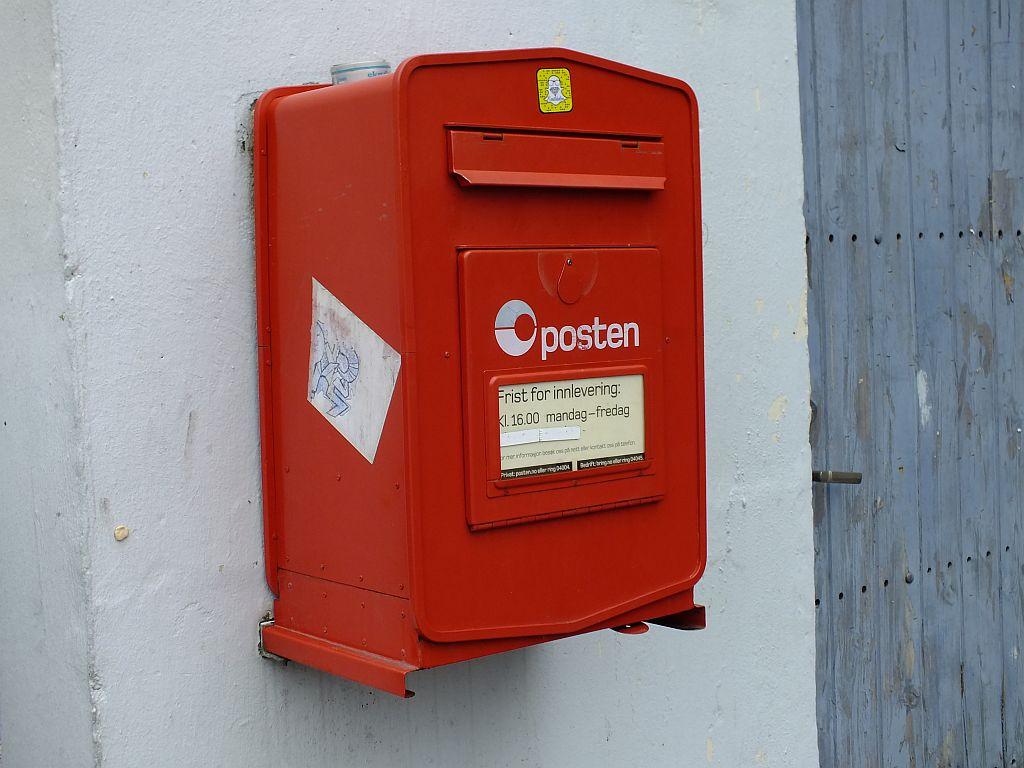 t__r_mit_postkasten.jpg