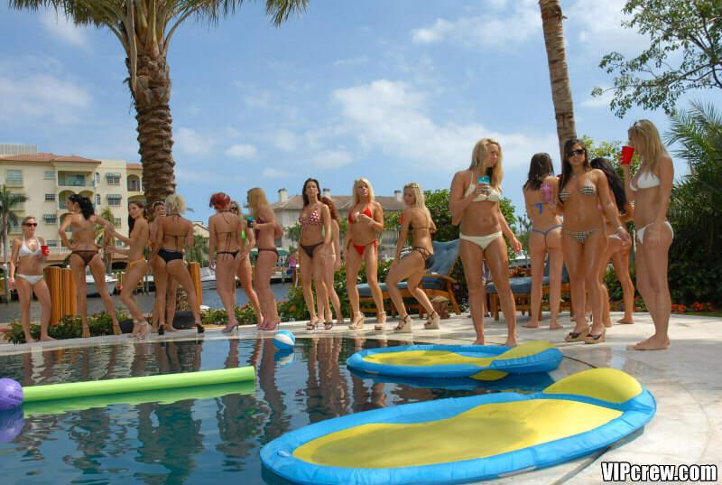 vip-pool-party-8.jpg