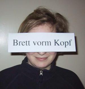 brett_vorm_kopf.jpg
