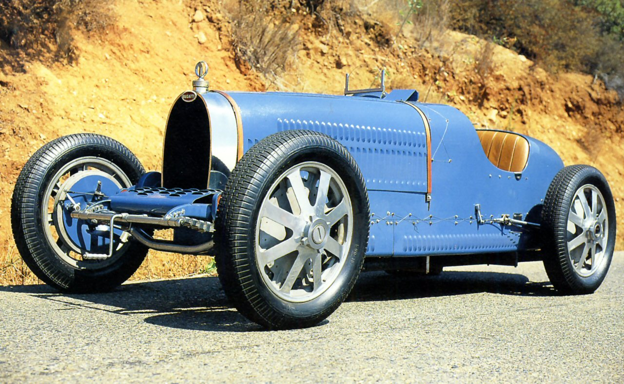 1930_bugatti_type_37_gp_1500cc_blue_low_f....jpg