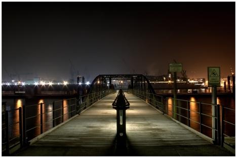 platz_12___bruecke-_fotograf_carfu_-....jpg