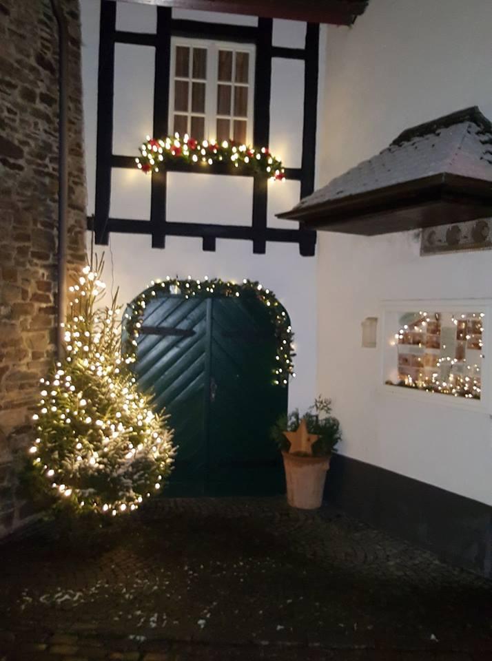 weihnachtseingang.jpg