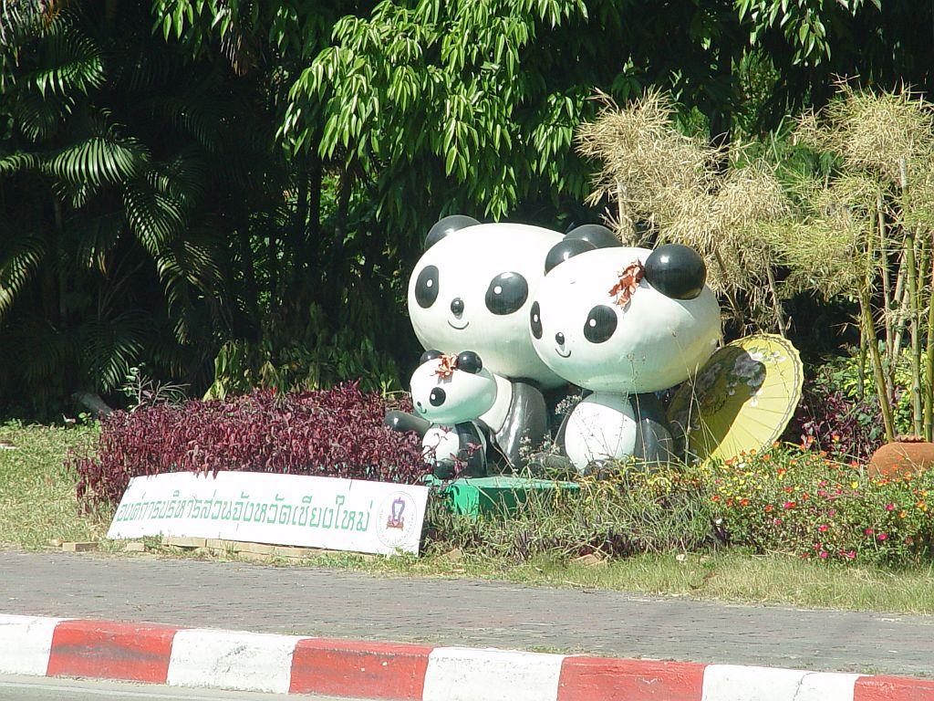 pandafiguren.jpg