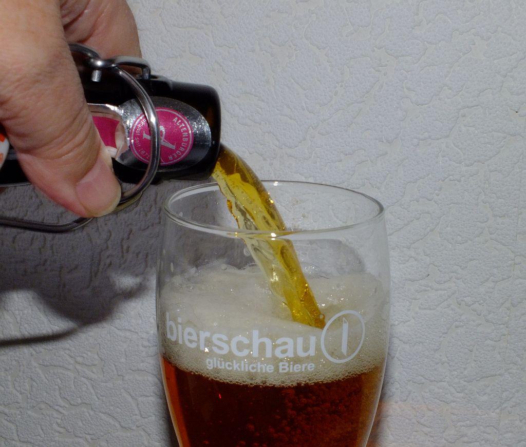 bier_einschenk.jpg