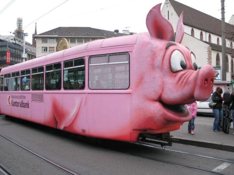 tram_hat_schweinegrippe.jpg