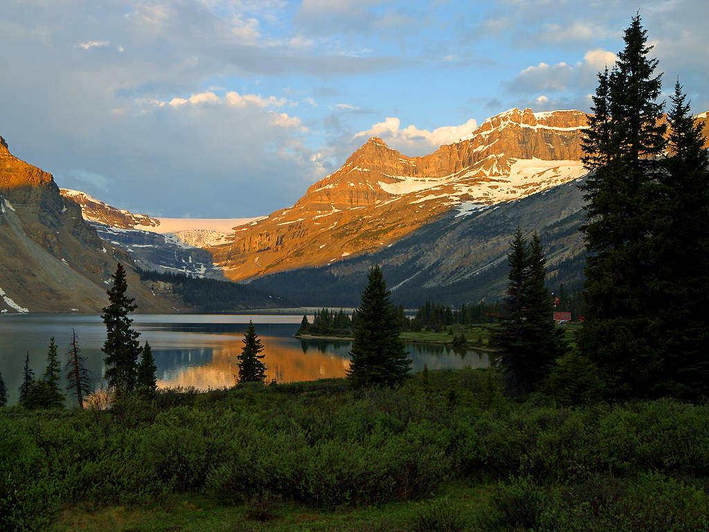 canadian_mountain_lake.jpg