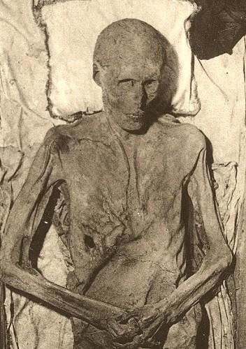 mumie.jpg