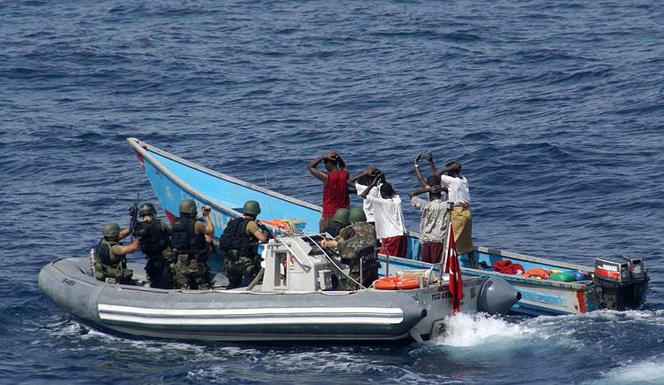 piraten-marines-somalia-gross.jpg