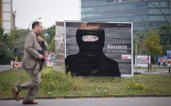 angela_merkel_in_burka.jpg